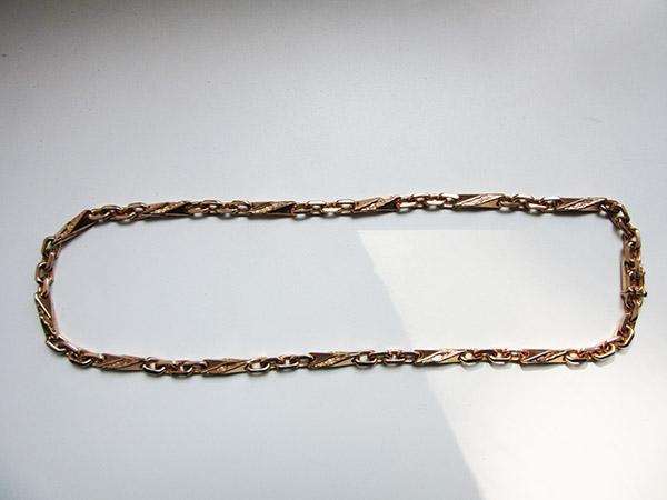 073d98add59 Teravate reljeefsete valanditega-ankurkuldkett 166,40 grammi, pikkus 64 cm,  läbilõige 8 x 8 mm.